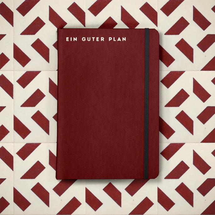 ein_guter_plan_pro_2020_0005_mood_pro_burgund