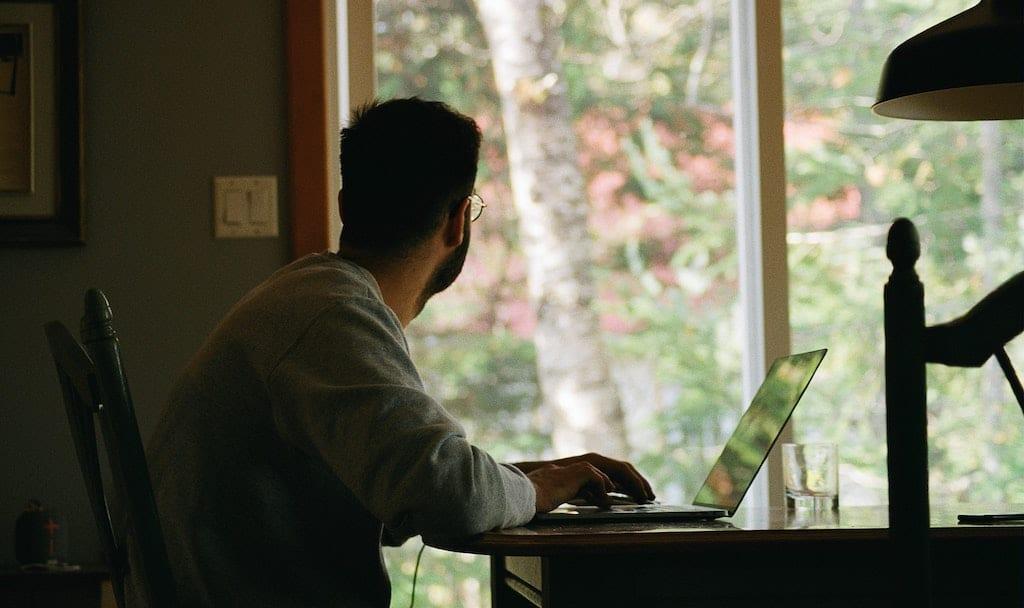 Kurze Pausen sind wichtig, aber wenn sie zur Prokrastination werden, können sie uns belasten.